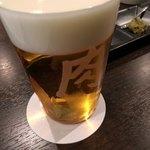 肉山 - ドリンク写真:ビールグラス 肉