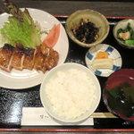 味心 その田 - 鶏の網焼き定食 特製たれが食欲を倍増!