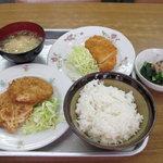 越後屋 - ハムカツ・チキンカツ・ご飯・味噌汁・おひたし合計620円 11.05.09.