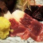 東宝茶屋 - 生の畝須(ミンククジラ)
