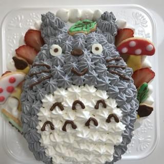 パティシエ仕込みの特製ケーキ◎お好きなキャラ入れ可能です♪