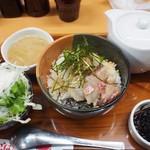 茶和 - 鯛の胡麻味噌お茶漬け、サラダ