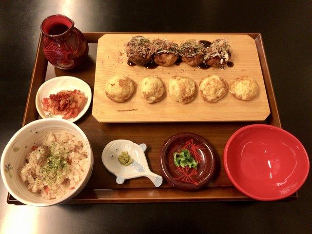 ぼん蔵 - 明石焼きとたこ焼き、たこ飯のセットの「ぼん蔵膳」(900円