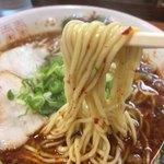 暁 - 辛いラーメン 麺リフト