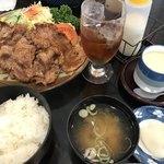 デリシャス - 焼肉定食