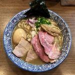 煮干しつけ麺 宮元 - 料理写真:「特製極上濃厚煮干しそば」(980円)