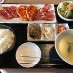 サンムーン - 焼肉ミックスランチ(1,300円)