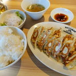77825663 - W餃子定食(ライス大盛無料) 980円