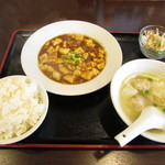 広東料理 彩華 - 麻婆豆腐セット