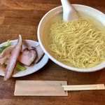 らーめん厨房 どる屋 - 幻のイトウラーメン(大盛り)1250円