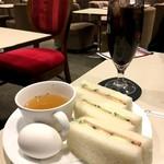 喫茶室ルノアール - 水出しアイスコーヒーとCセット