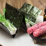 焼肉寿司 - 和牛のつくねって珍しいですよ。