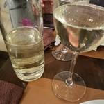 オステリア オリーヴァ ネーラ トウキョウ - 樽ワイン白 500ml