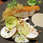 77836155 - 金目鯛のポワレ 発酵マッシュルームのソース