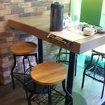 トゥッカーノグリル&バー - テーブル席