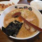 77838483 - Aセット(醤油ラーメン・餃子6個・麦めし・つけもの)