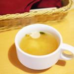 プチ グリル マルヨシ - Cランチのスープ