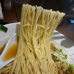 中華そば煮干しや - 麺リフト