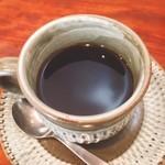 煌・中国料理 - 食後にはコーヒーも付いてます(^^)