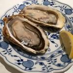 77849248 - 的矢牡蠣、皿はドイツMeißen製