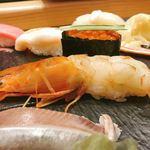 梅丘寿司の美登利 - 超特選握りのボタン海老