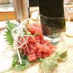 梅丘寿司の美登利 - まぐろ中落ち