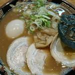 宮崎とんこつラーメン 風来軒 - 料理写真:とんこつ+味タマ♪