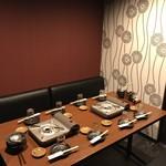 勝真 - 3階個室席(8名様まで)高級感あふれる部屋♪接待にもどうぞ!