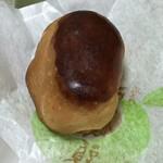 大本製菓舗 - 栗の味の新しい版の栗饅頭。