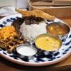 ビートイート - 料理写真:月の輪熊と鹿のニハリカレー+鹿のキーマカレーのニハリカレー以外の部分