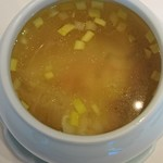 77878630 - 金華ハムが香るフカヒレ入り雲吞スープ