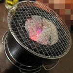 炭火焼炭○ - 店名通り、炭使用
