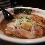 室壱羅麺 - らーめん770円