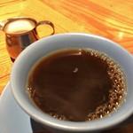 LAS DOS CARAS MODERN MEXICANO Y TACOS - ★★★☆ コーヒーに牛乳をお願いしました
