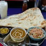 ナマステ・ネパール - NAMASTE NEPAL @板橋本町 Aセット 税込700円 チキンカレー・ナン・ラッシーを選んで