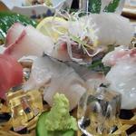 味の店 スズラン - 刺身盛り合わせ1000円