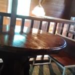 ろまん亭 - 2階のカフェスペース
