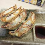 ザ・ナガハマラーメン - 今回は、ラーメン+餃子4個730円のセットにしました。