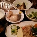 くつろぎ食堂Ami