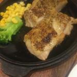 エッコエッコ - 若鶏のオープン焼き