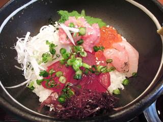 仕立屋  八王子店 - 海鮮丼