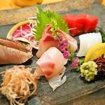 本等鮨 海馬 - お造り盛り合わせ