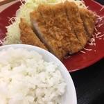 かつや - 料理写真:ロースカツ定食(2017.12現在)