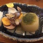 蛸焼とおでん クレ - おでん(大根、蘭王卵)