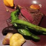 munakata cuisine ishida - むなかた牛フィレ肉、マデラソースかゲランドの塩を好みでつけて