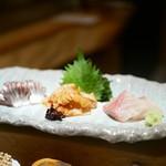 権八 SUSHI - 鰊 赤貝 天然カンパチ