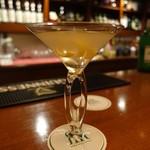 バー・アゼリア - ドリンク写真:Vesper Martini