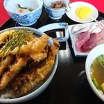 弘伸丸 - 天丼(1000円)+さしみ(400円)