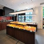 ラ ブティック ドゥ ジョエル・ロブション - フランスのパンやお菓子を販売しております。