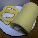 スイーツコリ - ロールケーキ。